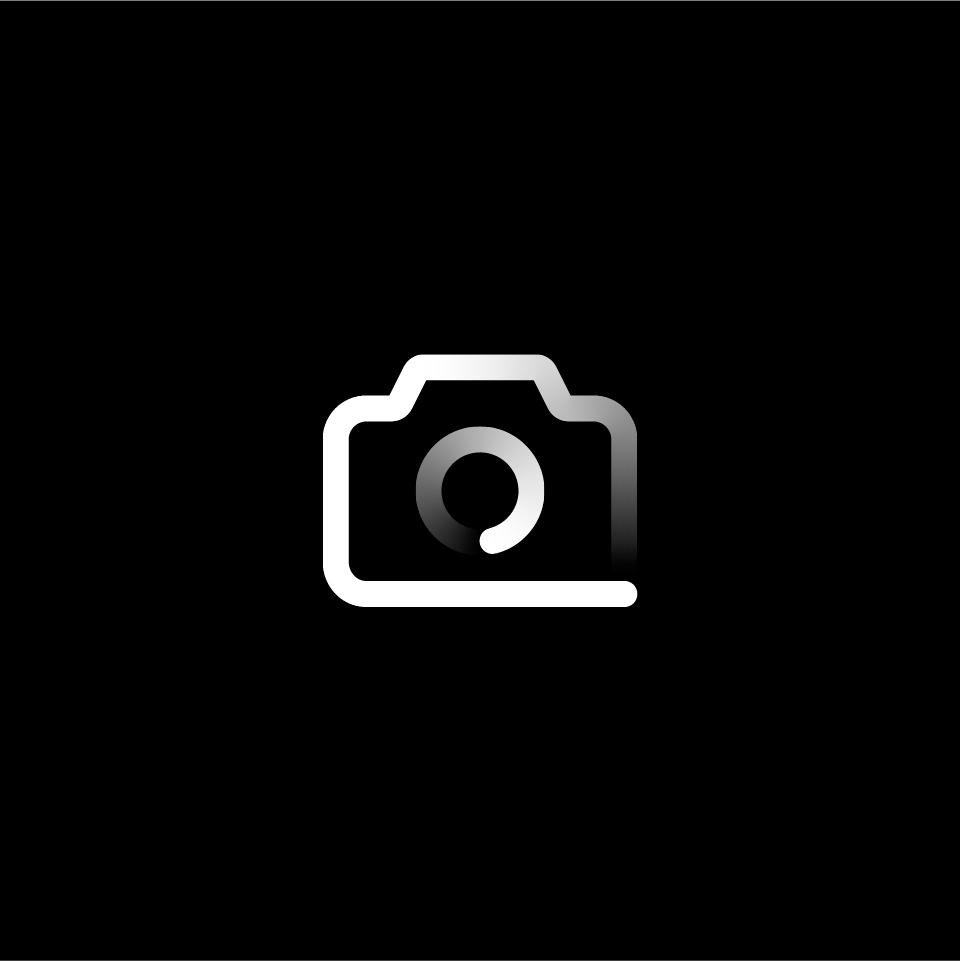 01_Camera_black